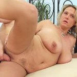 Hot fat moms poses naked and has sex with thin guys. Big bodies, big tis, big asses, big experience
