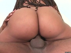 Black bitch prefers fucking on top