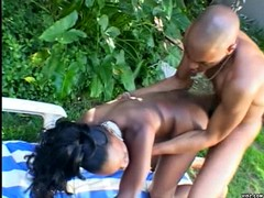 Black bitch gives horny stud a sweet blowjob