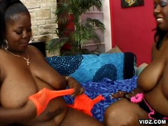 Two Black mamas reach their exceptional orgasms
