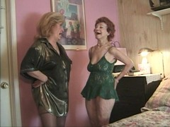 Two old sluts love playing big black dicks