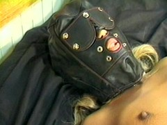 Sexy masked bitch sucks black stud
