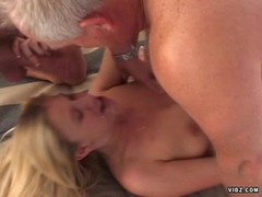 Sweet blonde bitch double penetrated with facial