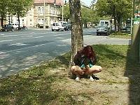 peeing outdoor girl
